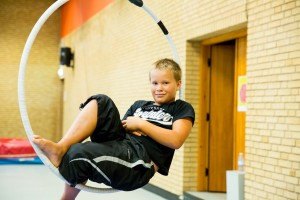 Circus Kids - FB size 048-®Patricio Soto
